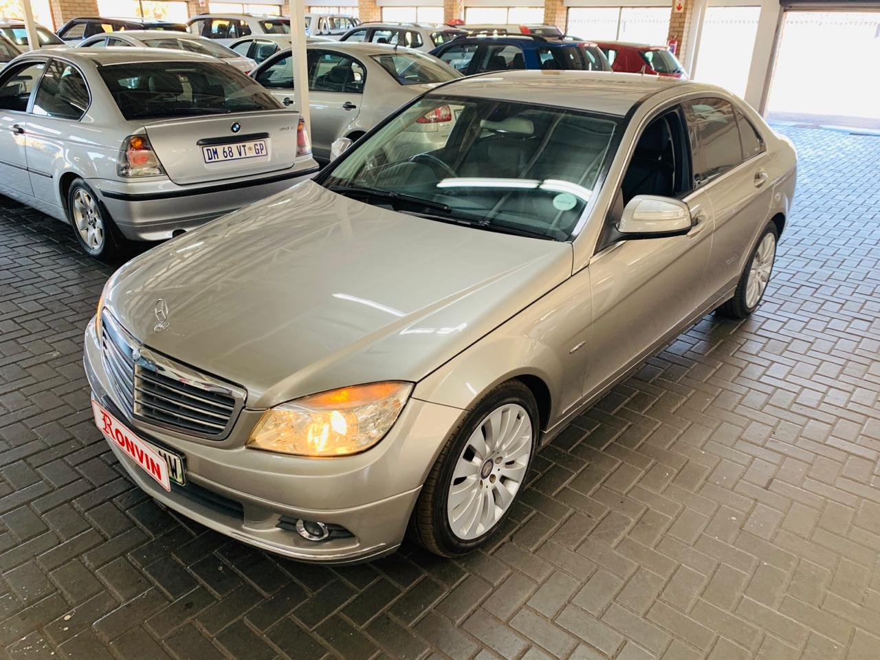 MERCEDES BENZ C180K AT ELEGANCE