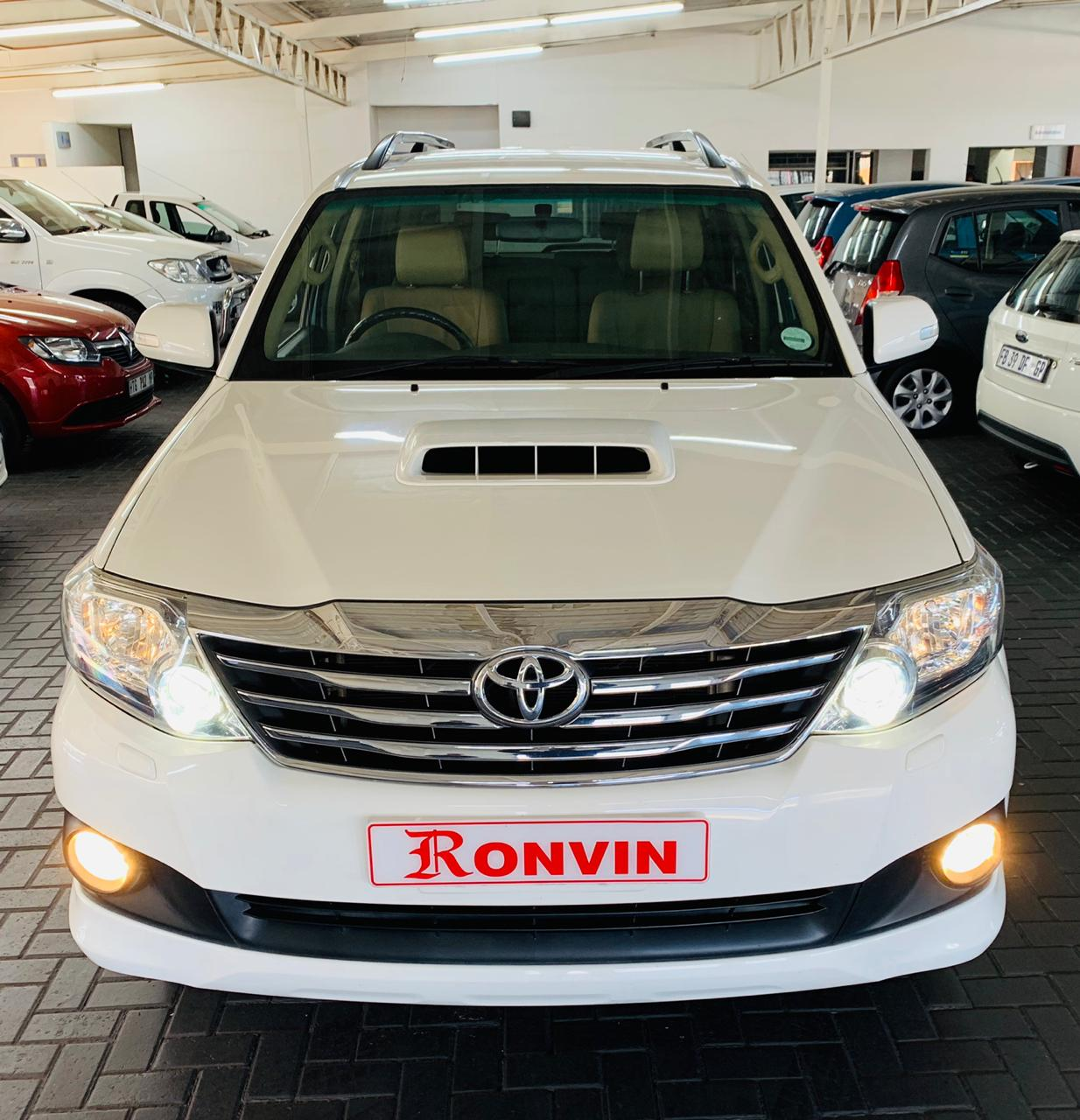 TOYOTA FORTUNER 3.0 D-4D R/B AT